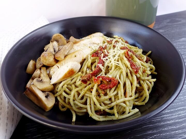 Chicken basil pesto spaghetti