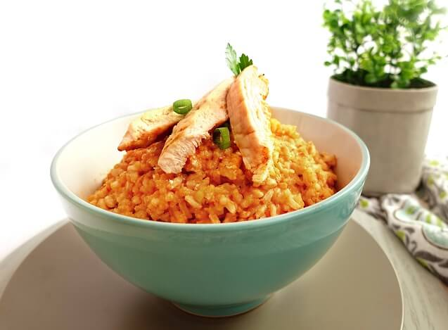 Chicken risotto in light creamy red sauce