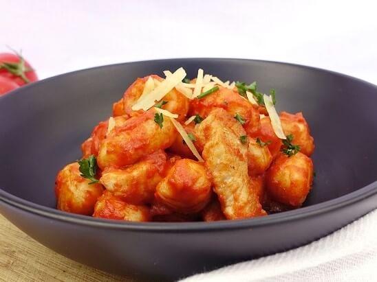 Chicken gnocchi in red sauce