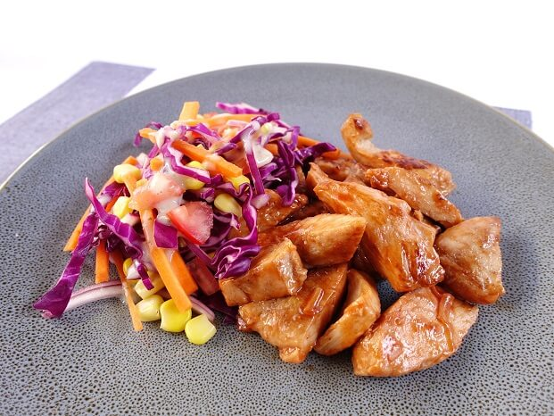Grilled chicken with crunchy slaw & barbecue ranch