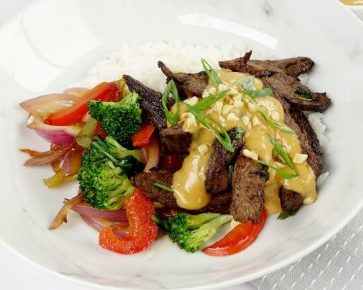 Grilled beef with satay sauce
