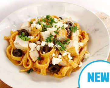 Red pesto pasta chicken with olives and fetta