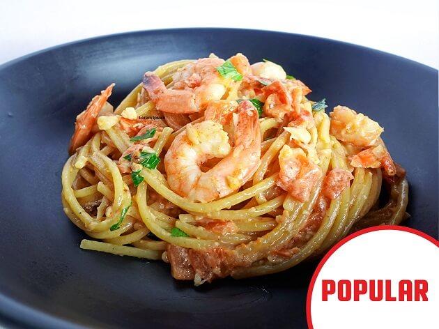 popular prawn spaghetti
